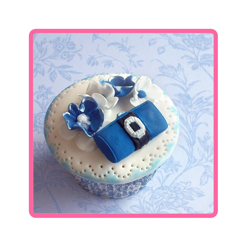 Bags For Cake Decorating : Designer Bags Fashion Embellishments - Cake Decorating ...