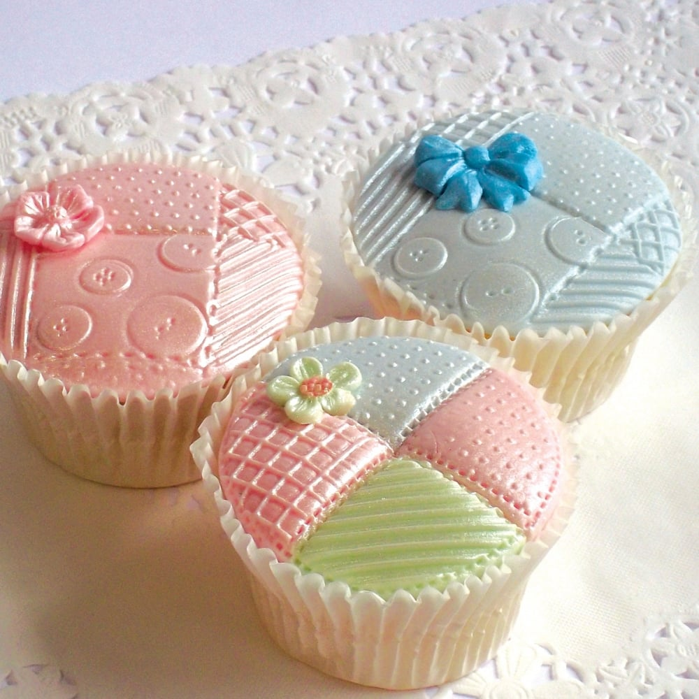 Cake Decorating Quilt Design : Patchwork Quilt - Cake Decorating Silicone Mould by Katy ...