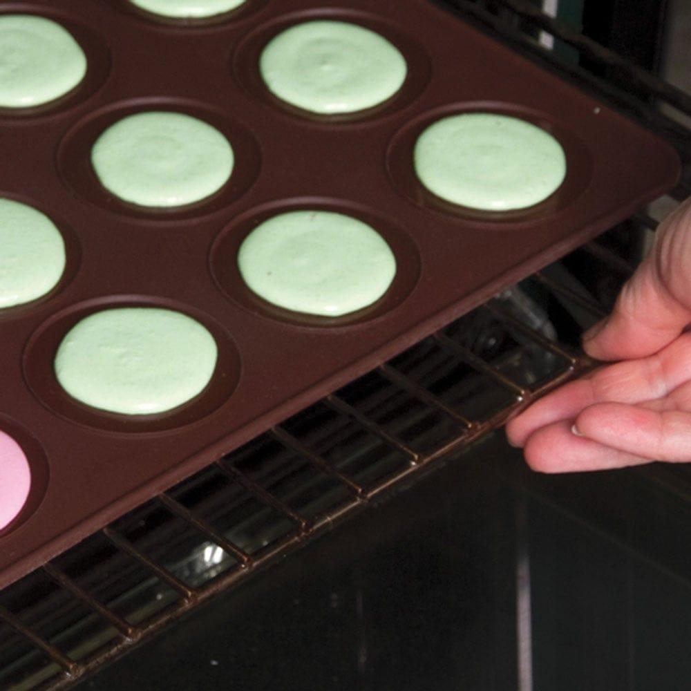 12 Cavity Large Macaron Silicone Baking Mat By Pavoni Italia